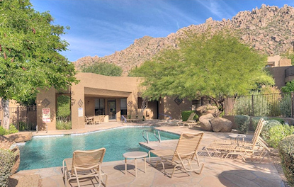 Skye Top Pool in Troon Scottsdale
